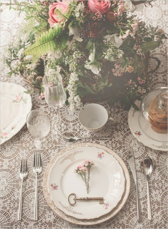 Love this dreamy, vintage themed table setting. yes! perfect setting, perfect flowers, and did you see that key?!