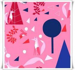 Tela del lobo feroz en un bosque encantado en tonos rosas