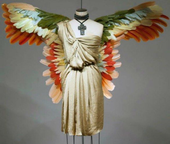 Birds of Paradise: le incredibili vetrine di Lanvin a Parigi