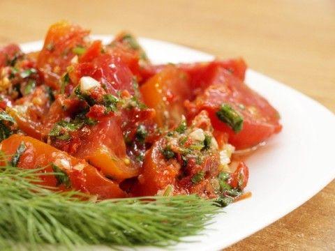 Пикантные помидоры по-корейски