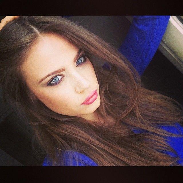Xenia Tchoumitcheva 5