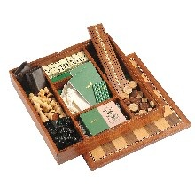 Jaques travel Backgammon set are carefully handmade from oak and hand finished by Jaques..