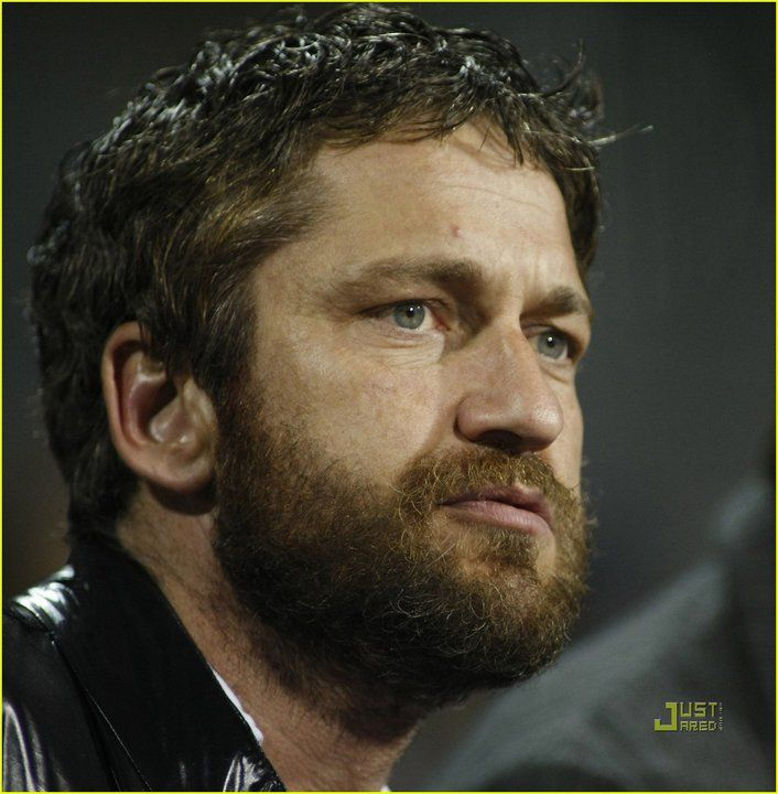 gerard butler 300 beard - photo #33