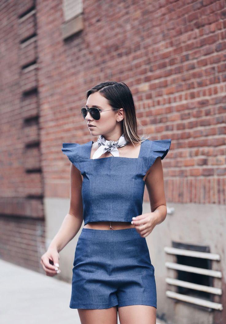Todas las tendencias de moda y trucos de estilo para vestir como una neoyorkina de manual. Tendencias de moda Primavera-Verano 2016...