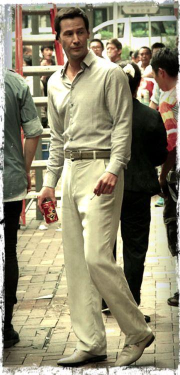tiredstarling:  Keanu Reeves filming Man of Tai Chi on the streets of Hong Kong June 18, 2012