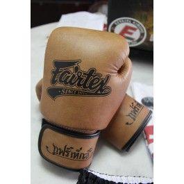 Gants Boxe Fairtex Classic 2013 Equipement & Design Boxe Thai   Acheter Short, Gants, Protections, Accessoires...
