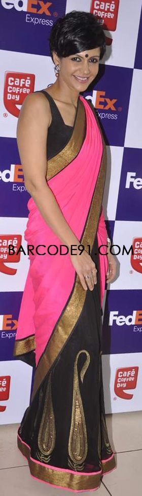http://www.barcode91.com/ Mandira Bedi flaunting her saree designed by her own self for an event