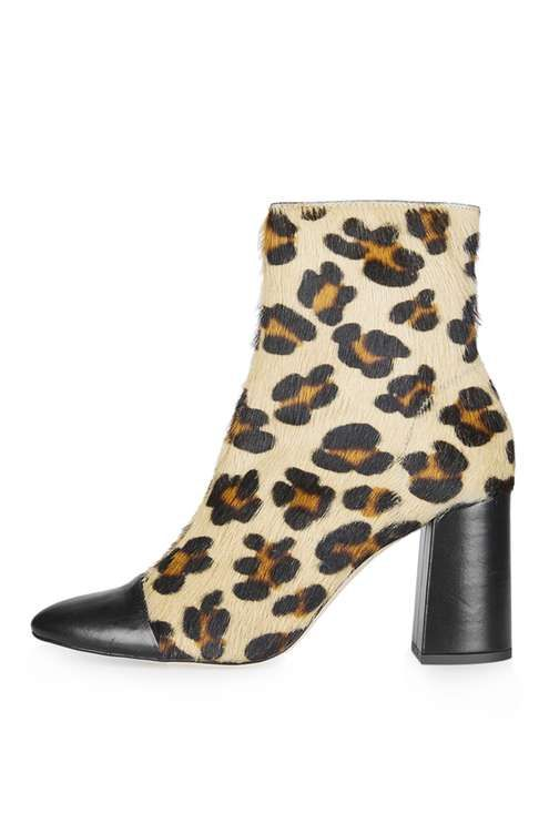 HAPPY-DAYS Leopard Ankle Boots
