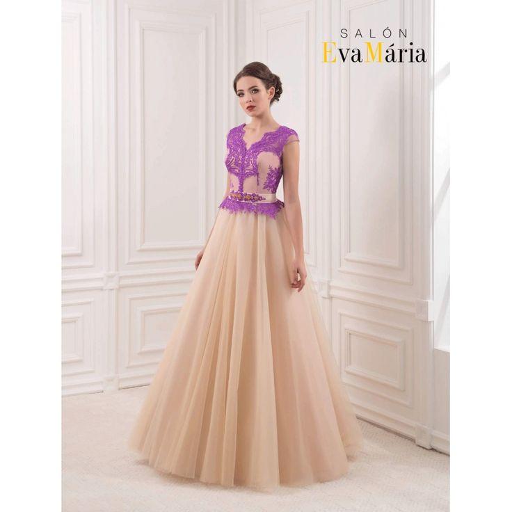 Béžové večerné šaty s veľkou sukňou