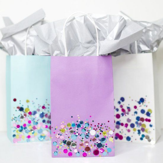 How many times have you spent as much on a gift bag + card as the gift? Try these DIY Confetti Dipped Gift Bags & save.