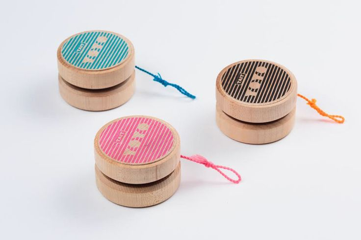 A classic childhood toy, the basic yoyo, gets a modern, bespoke makeover by way of a a build-it-yourself yoyo kit available in three fun colors.