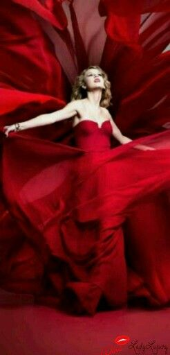 Red Haute- Lady In Red Taylor Swift- Via ~LadyLuxury~