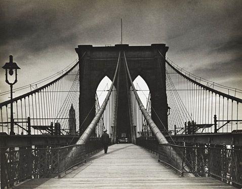 Untitled (Brooklyn Bridge) ● 1938 (Alexander Alland/The Jewish Museum/© Estate of Alexander Alland, Sr.)