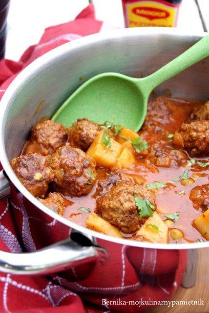 Ostre curry z groszkiem i klopsikami