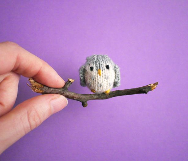 Knit a tiny owl to watch over your yarn at night! New pattern from Mochimochi Land.