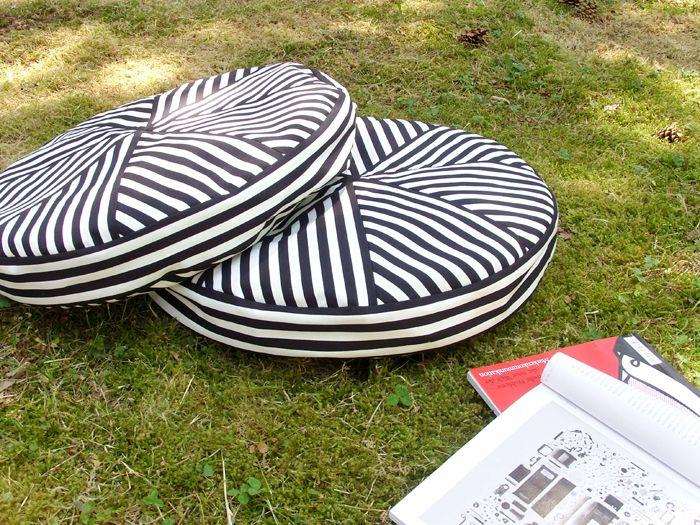 DIY: Streifenkissen Nähanleitung vom GAARN Magazin | DaWanda - People and Products with Love