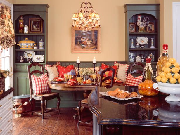 English Country Dining Room Has Cottage Feel Dining