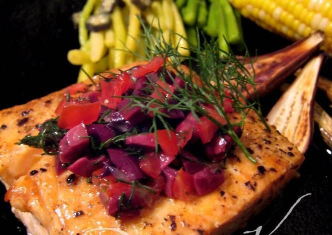 Salmon Steak With Olive Dill Sauce Recipe -  Yummy this dish is very delicous. Let's make Salmon Steak With Olive Dill Sauce in your home!