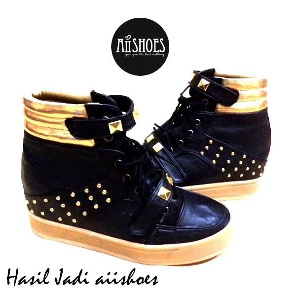 code HSD 65 idr 350,000 heel : 6,5 cm =REAL HANDMADE=  PREORDER HANDMADE SHOES (3-6 weeks) Custom shoes, you can order another specification ( size and colour) For ask/order : Line aiishoes Wa 087827664400 Pin bb 7c9d78cd Shipping from Bogor, Indonesia