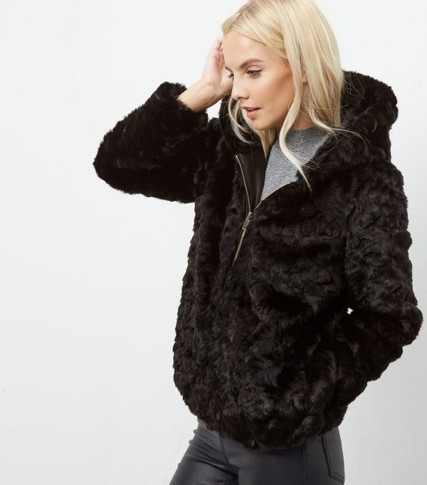 Petite Black Faux Fur Hooded Bomber Jacket    New Look