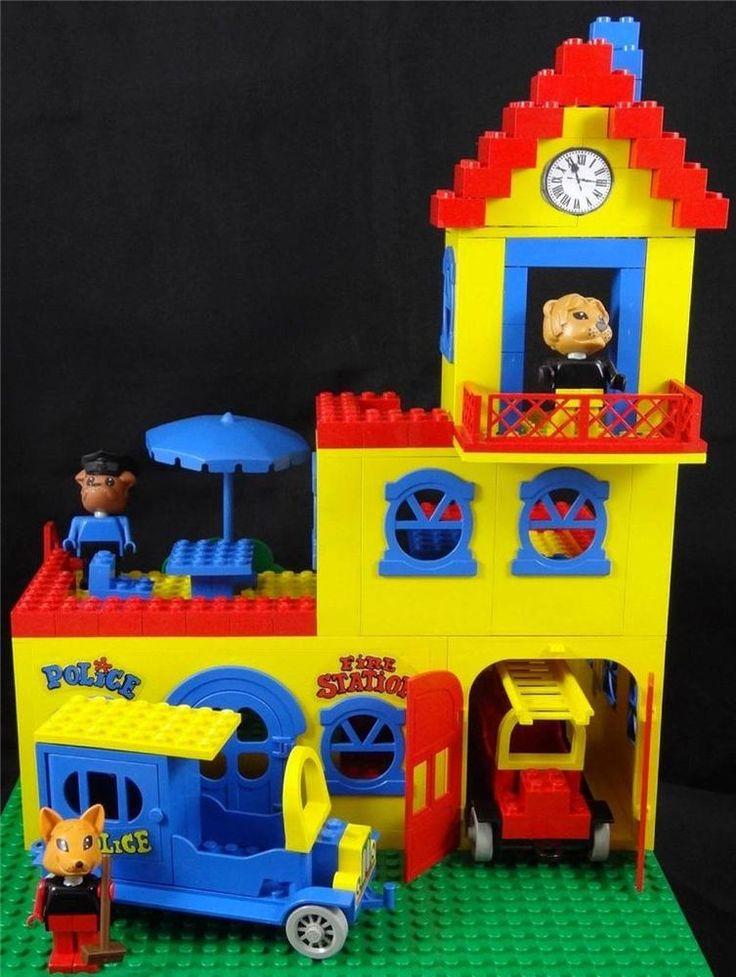 Vintage 1979 Lego Fabuland Set 140/350 - TOWN HALL w Mayor, Fire Chief & Freddy