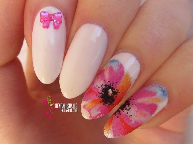 World Of Colors: Różowe maki
