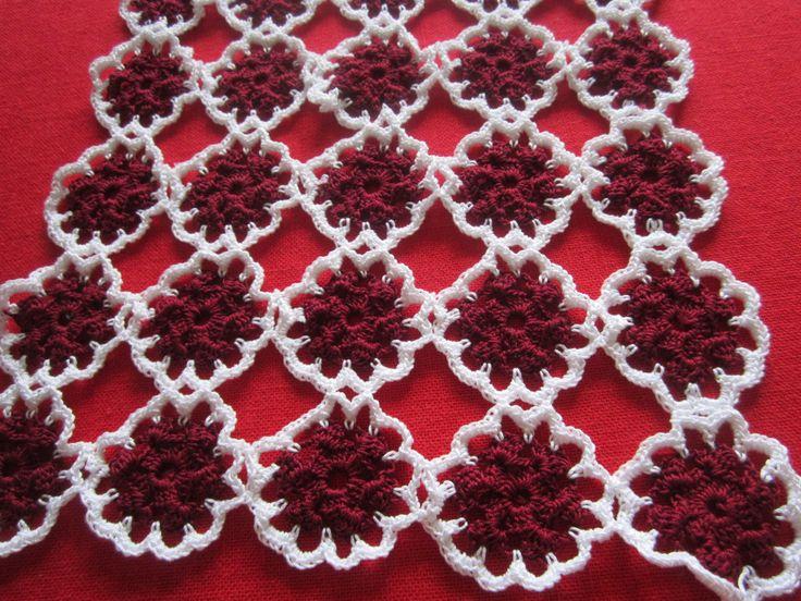 red flower tablerunner