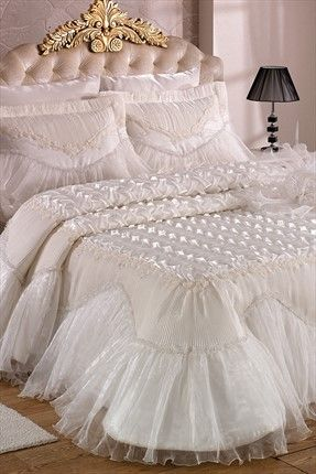Evlen Home & Alanur Home Collection - Çift Kişilik İrem Fransız Gipürlü Yatak Örtüsü Krem 2000001018583 %41 indirimle 529,99TL ile Trendyol da