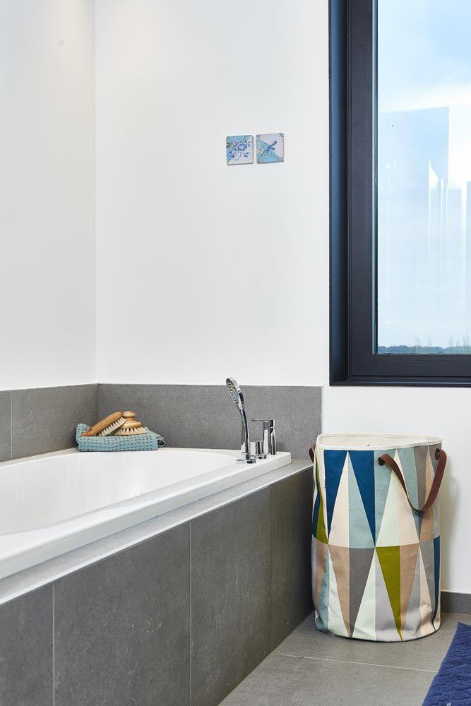 laundry basket and towel Ferm Living, brushes Iris Hantverk, rug Södahl, Story tiles