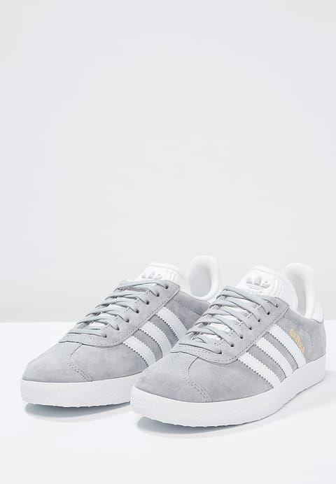 adidas Originals GAZELLE - Sneaker low - mid grey/white/gold ...