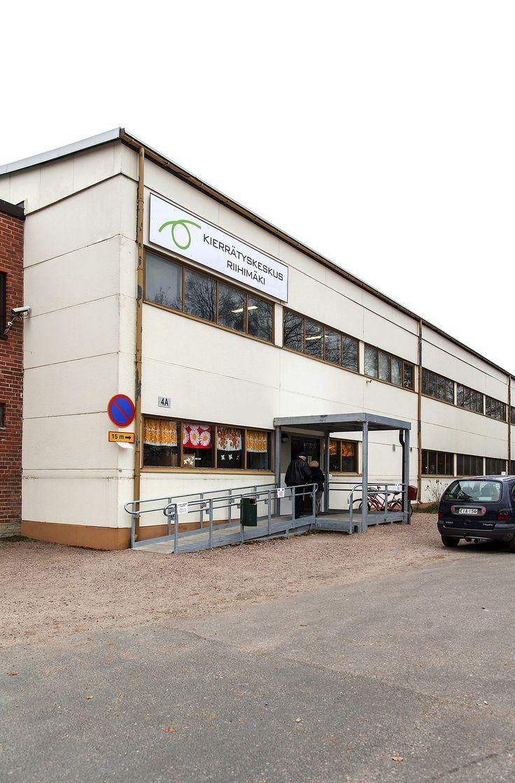 Kierrätyskeskus, Sakonkatu 4A #Riihimäki. Kuva Pekka Hovi
