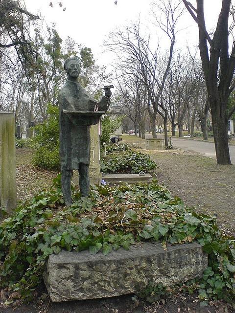 Csontvary's grave, Budapest