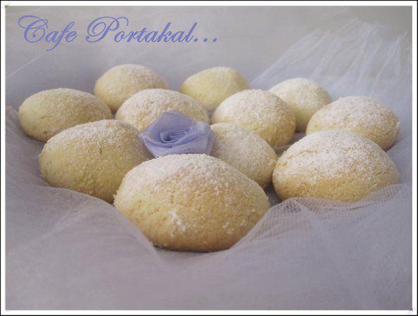 CAFE PORTAKAL: Krem Şantili Kurabiye-Kıymalı Mercimekli Börek ve Rulo Muhallebi