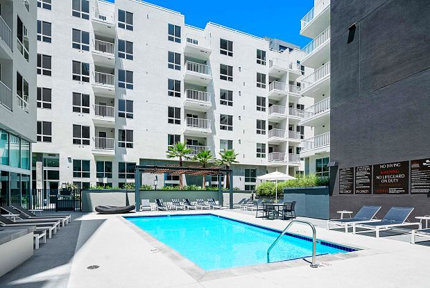 G12 Apartments 1200 S Grand Ave Los Angeles Ca 90015 Apartments For Rent Apartment Los Angeles