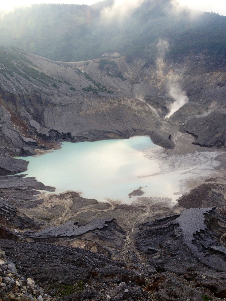 Tangkuban Perahu - INDONESIA
