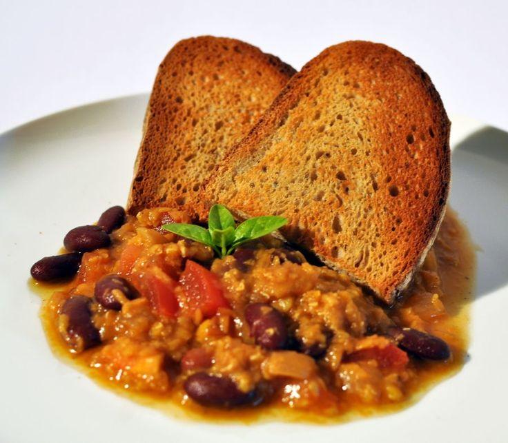 Chilli červená čočka s fazolema Recept: http://soucitne.cz/recepty/lusteniny/chilli-cervena-cocka-s-fazolemi