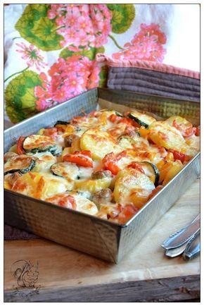 Ziemniaki zapiekane z pieczarkami i warzywami