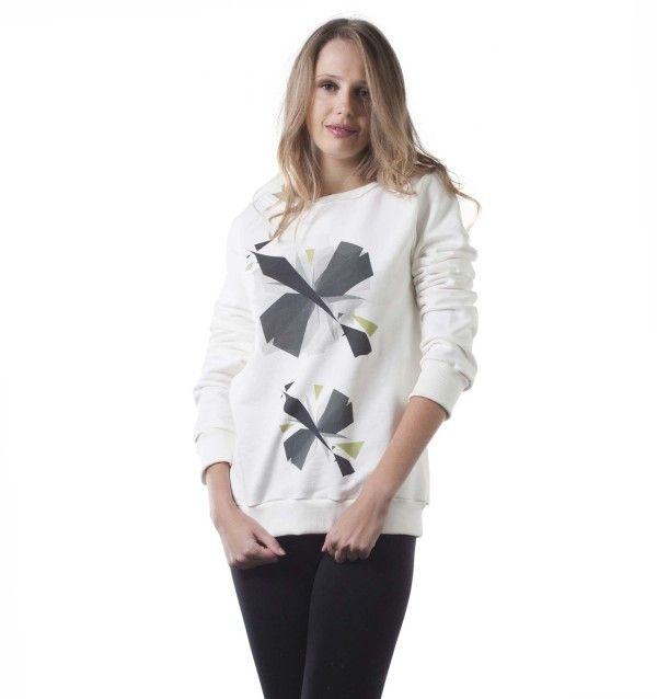 T-Shirt DECOR Eliche - decorata con argento e tulipani viola. #decor #fashion #swag #style #fashionlove #madeinitaly #belimousine