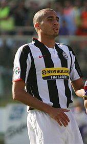 Il francese David Trezeguet, alla Juventus dal 2000 al 2010, decennio in cui divenne il miglior marcatore straniero dei bianconeri.