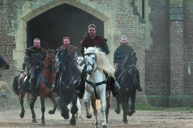 Still of Russell Crowe, Alan Doyle, Kevin Durand and Scott Grimes in Robin Hood