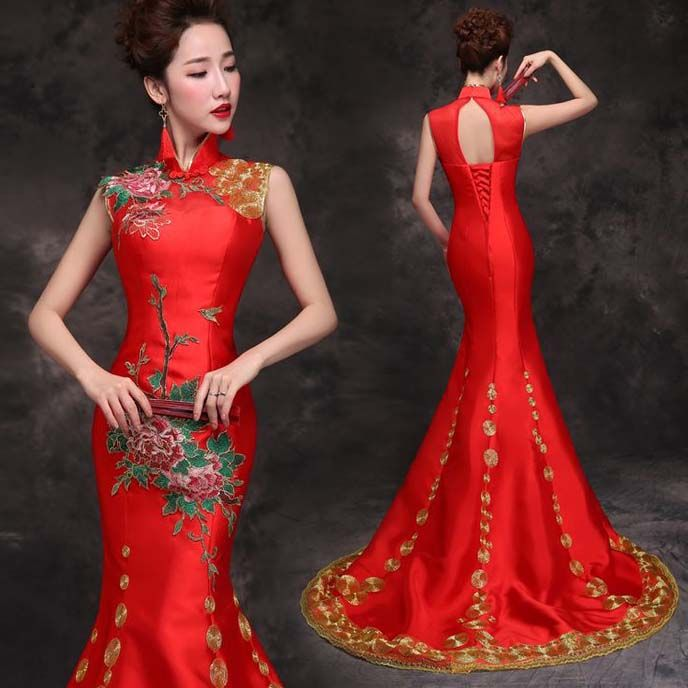 Shop elegant silk cheongsam, traditional Chinese red bridal dresses, sexy modernize Qipao from www.ModernQipao.com. Save 6% by share our products. Floral embroidered Asian inspired mandarin collar red mermaid wedding dress