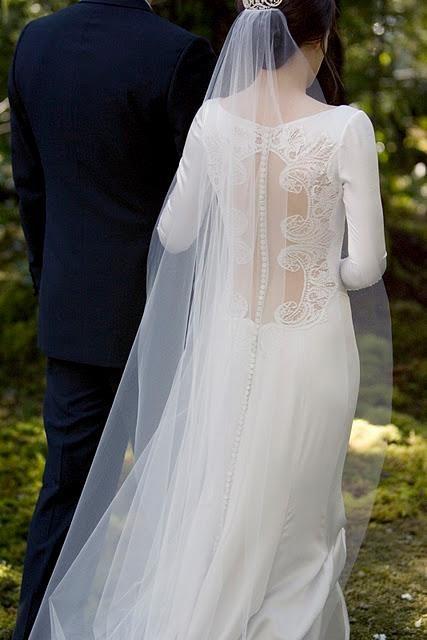 {Moda} Abiti da sposa ispirati al film bellissimi | ReginaNozze.ith bhfbfdbfdb