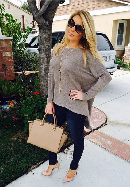 Gretchen Rossi of RHOC in the AKIRA Black Label Oversized Sweater in Mocha! @gccollection you look great!!