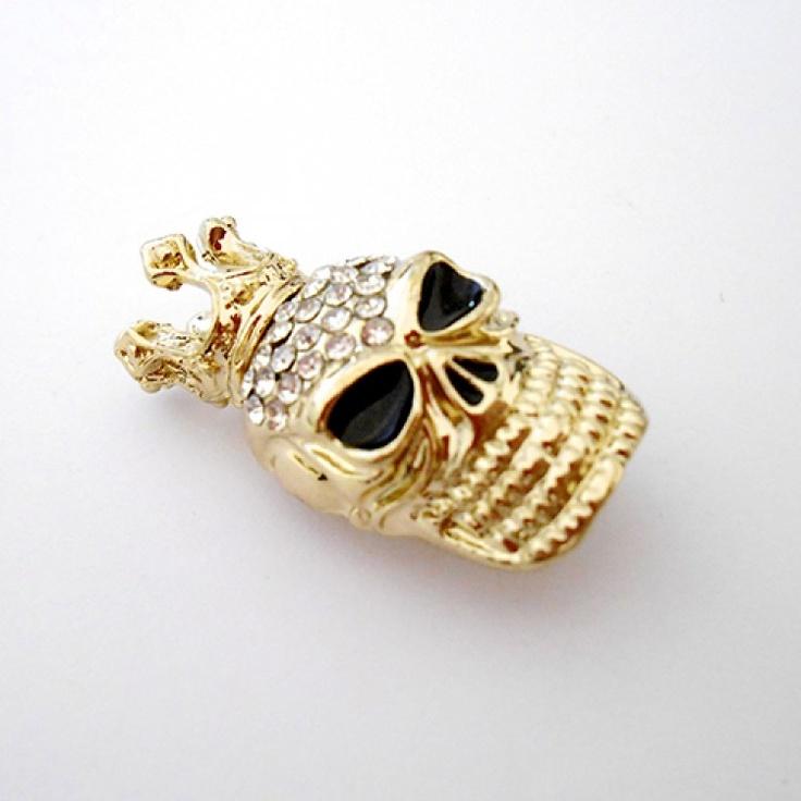 La broche Gold Skull