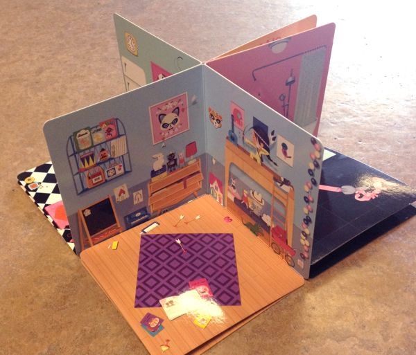 85 best pop up houses pop up book carousel book images for Maison pop up house