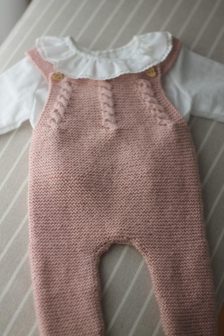 Me encantan estos petos. Me parecen supercómodos para el bebé y también para cogerlos. No se descolocan nada y van siempre calentitos. ...
