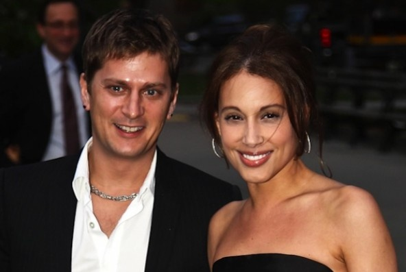 Matchbox 20 frontman Rob Thomas and his wife Marisol give incredibly generous gift to help save homeless pets in Puerto Rico.