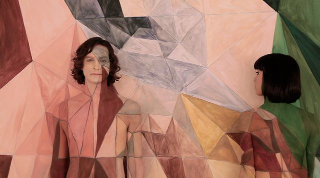 Gotye- Somebody That I Used To Know (feat. Kimbra)- official film clip. Video by Gotye.