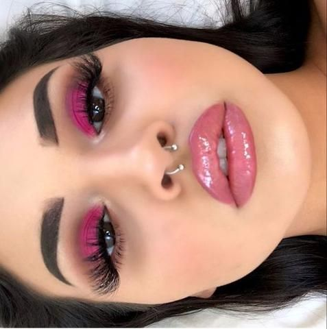 40 OF THE BEST EYESHADOW LOOKS! Here we have gathered some of the most epic make…