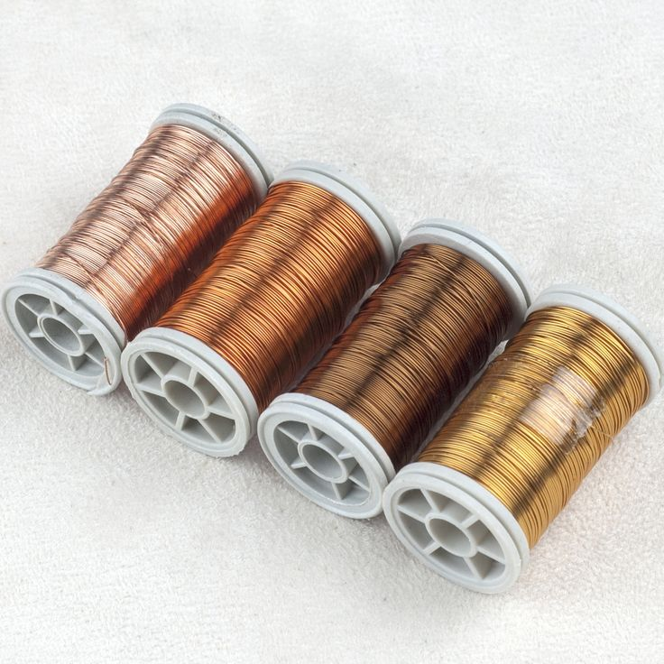 3 spools of artistic wire in an earth colors combination. The wires are 28Gauge (0.3mm) Each spool is 120 feet long (36 Meters), total of 360 feet ! Colored copper wires are great for making crochet w